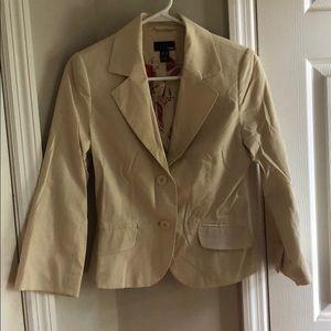 H&M cream colored blazer 6